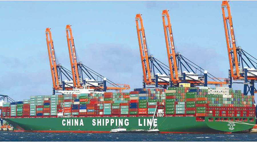 الخطوط الملاحية الصينية تتخذ من قناة السويس مسارًا لرحلتها إلى أوروبا وشمال إفريقيا