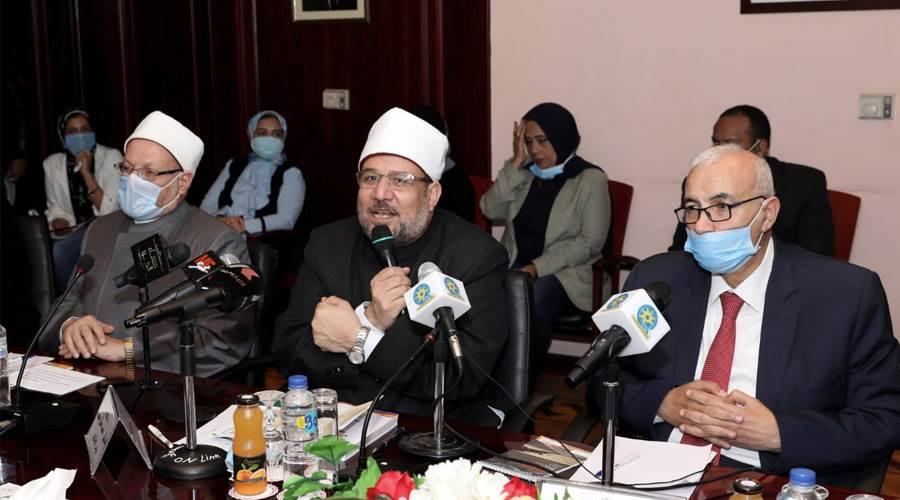 الكاتب الصحفي الأستاذ علي حسن رئيس مجلس إدارة ورئيس تحرير وكالة أنباء الشرق