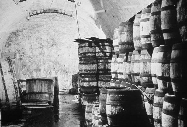 """العثور على زجاجة البيرة في مصنع """"Carlsberg"""" في كوبنهاجن"""