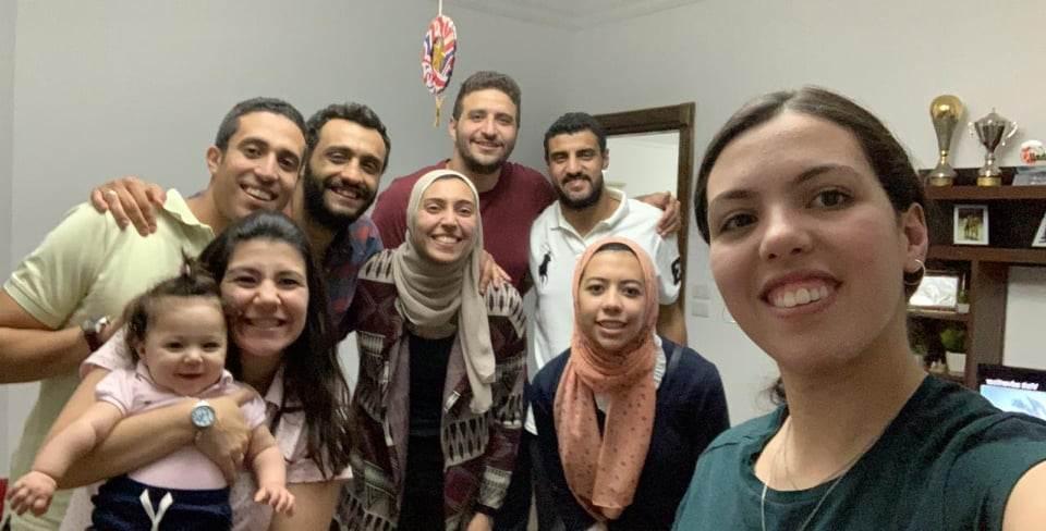 يسرا اشرف حلمي بطلة تنس الطاولة وعائلتها واصدقائها
